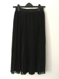 Black Pleated Midi Skirt - New Look