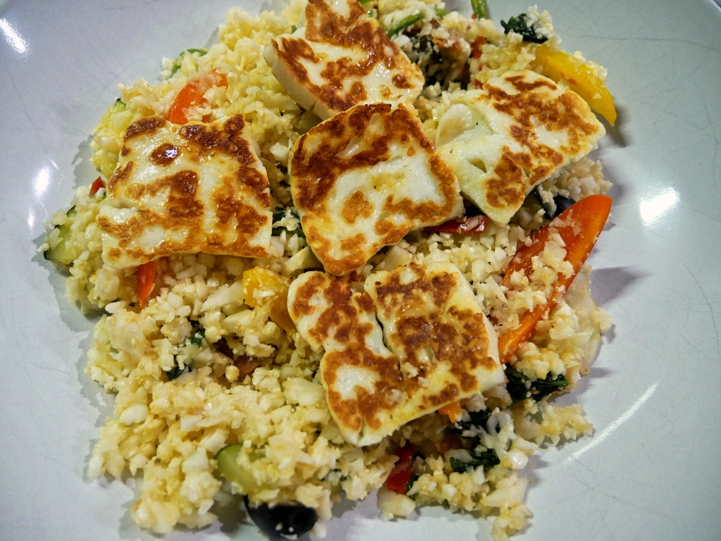 Cauliflower Rice with Halloumi