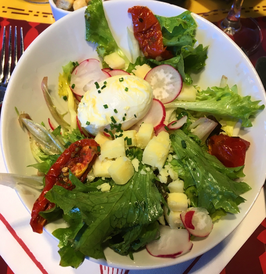 Mixed Green and Poached Egg Salad